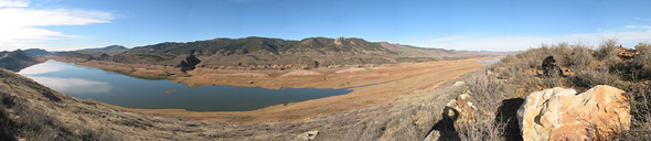 Horsetooth Reservoir panorama #1